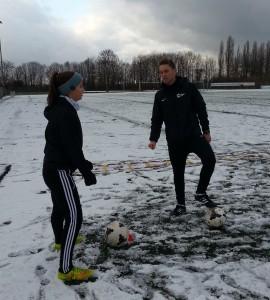 proffac Coach Yannick und Merit beim Weihnachtstraining im Schnee